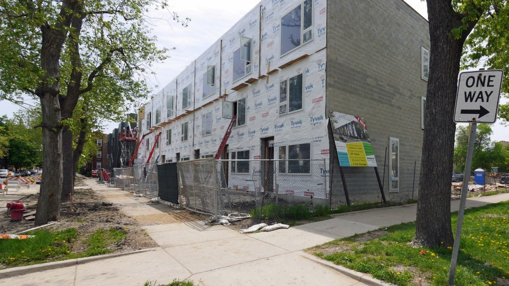 For example: these townhomes in Logan Square. Credit: YoChicago