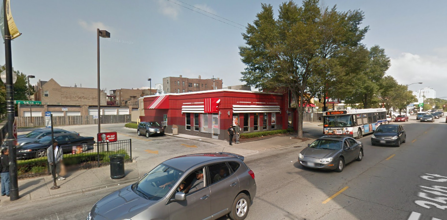 From one block to the next on 35th St. in Bronzeville, we go from pedestrian-friendly to not.