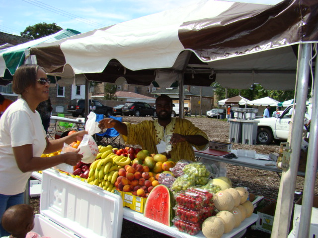 A farmer's market in Auburn-Gresham. Credit: Greater Auburn-Gresham Development Corporation